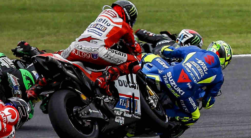 iannone lorenzo crash